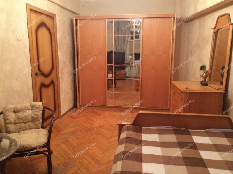 комната в доме 4 на Снежной улице