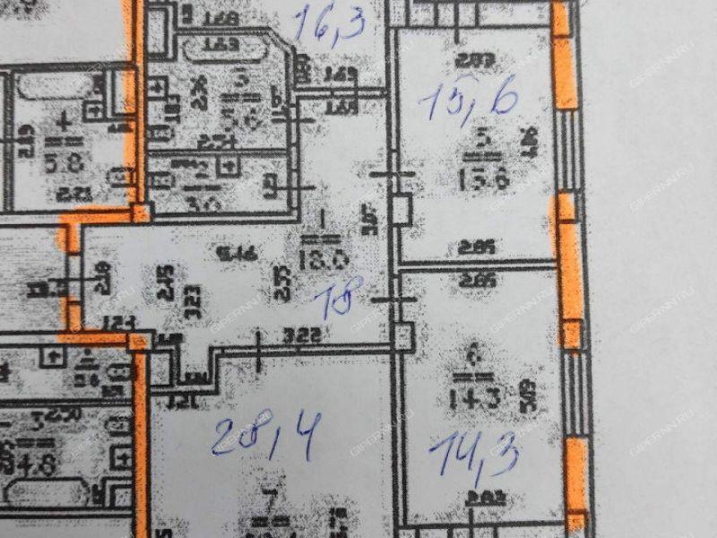 трёхкомнатная квартира на бульваре Академика Королёва дом 4