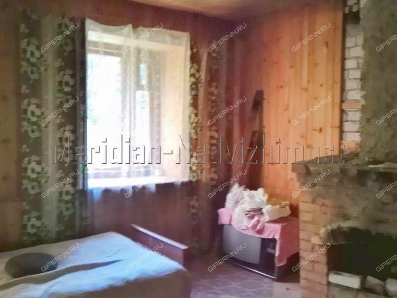 дом на  посёлок Приречный
