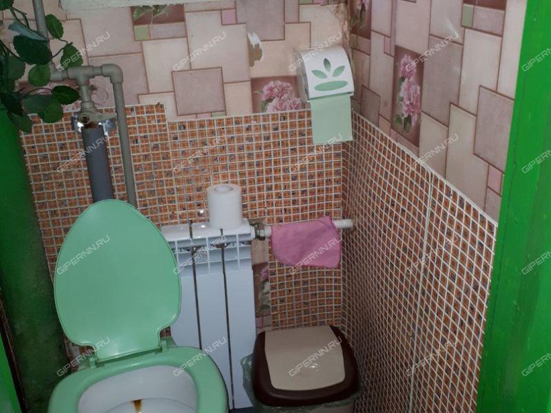 комната в доме 11 на Актюбинской улице