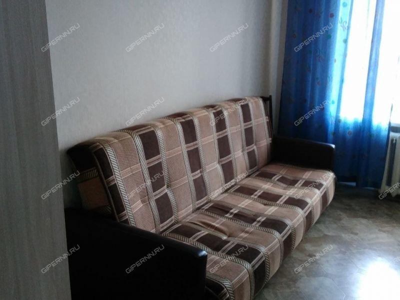 комната в доме 22 на улице Сутырина