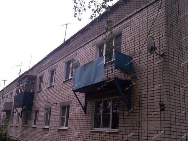 трёхкомнатная квартира на ул посёлок Пыра