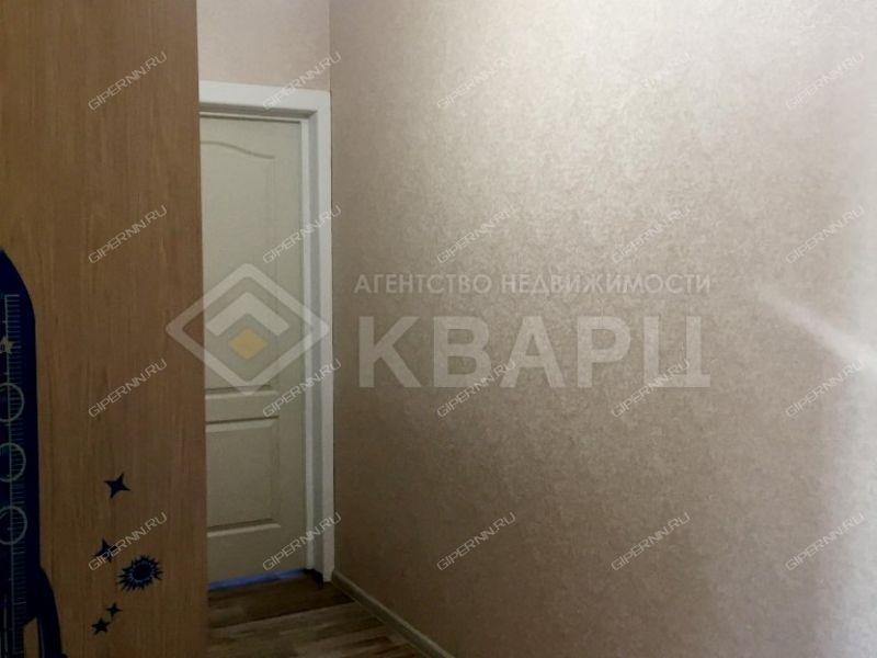 двухкомнатная квартира на улице Бурнаковская дом 79